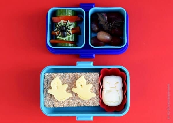 Simple Halloween bento lunch idea in the Monbento Tresor with cheese ghosts and flatbreads from Eats Amazing UK