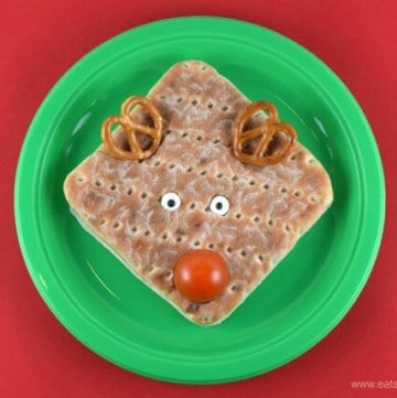 Super easy reindeer sandwich idea and video tutorial from Eats Amazing UK - fun food for kids