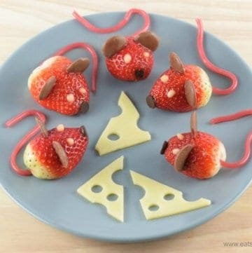 These strawberry mice make super cute party food - fun food recipe and video tutorial from Eats Amazing UK